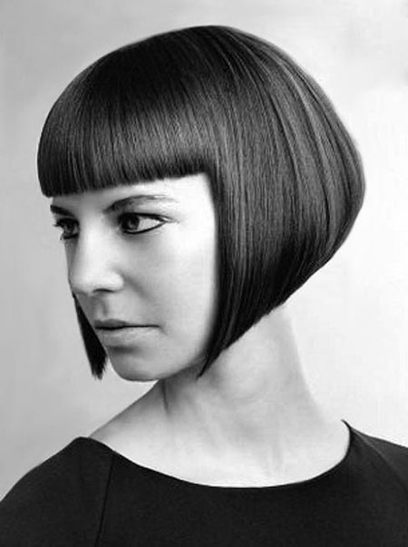 Side-View-of-Short-Bob-Hair-with-Bouncy-Top Short Bob Hairstyles for Ladies