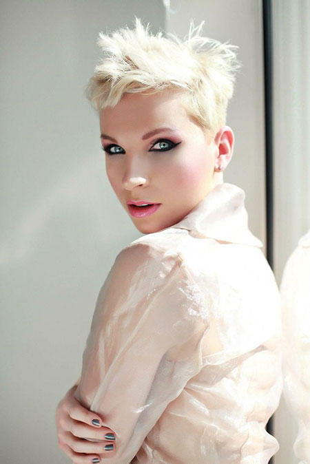 Super-Short-Haircut-with-Messy-Front-and-Top Pixie haircuts are undoubtedly the best short haircuts for you