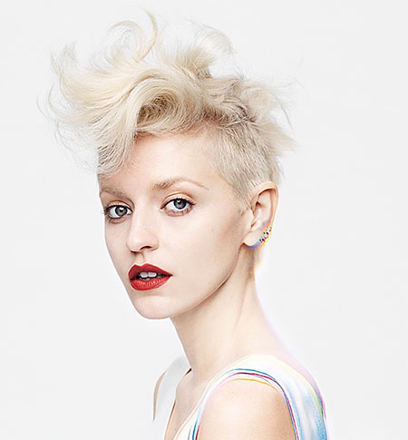 The-Cool-Messy-Hawk-Style Pixie haircuts are undoubtedly the best short haircuts for you