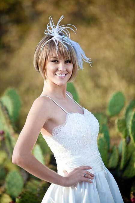 The-Very-Charming-and-Attractive-Light-Ash-Brown-Asymmetric-Bob-Hair Wedding Hairstyles for Short Hair