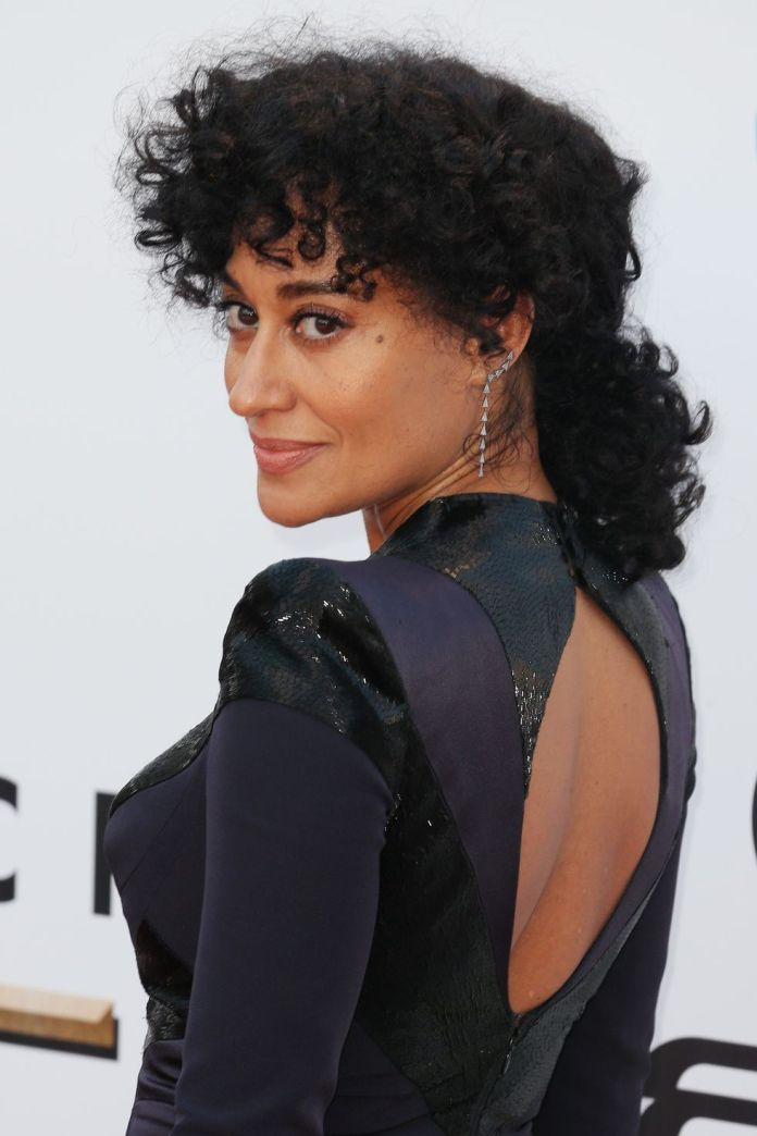 Tracee-Ellis-Rosss-Curly-Bangs Stunning Curly Hairstyles That Are All About That Texture