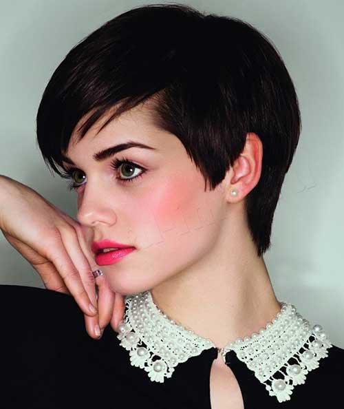 Trending-Brunette-Pixie-Cut-Style Short Trendy Hairstyles 2020