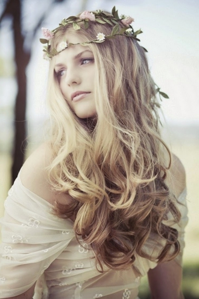 Twine-Bumpy Hippie Hairstyles for a Stylish and Reviving Look