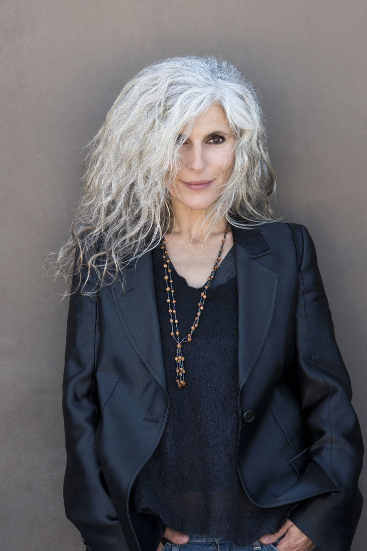 Unlatched-Frizzle Glamorous Grey Hairstyles for Older Women