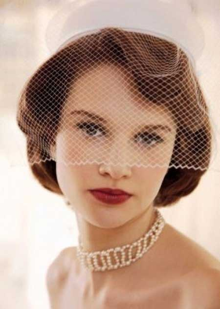 Vintage-Bob-Hair-with-Soft-and-Lovely-Waves Wedding Hairstyles for Short Hair