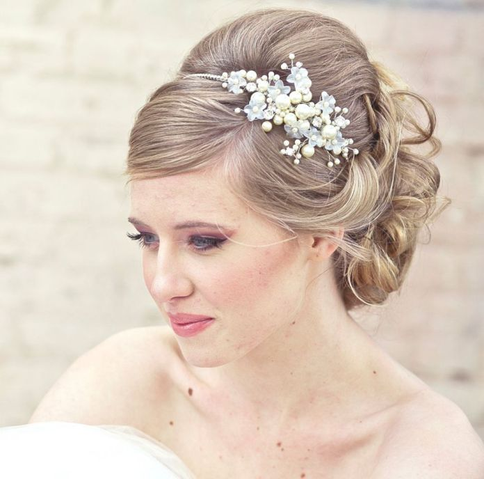 Wear-it-Low Hairstyles with Tiara for Glam and Fab Look