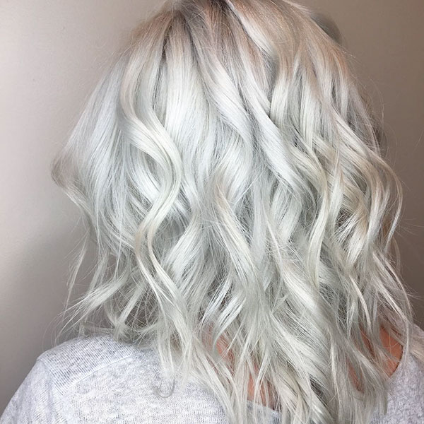 White-Blonde Lastest Hairstyles For Short Wavy Hair