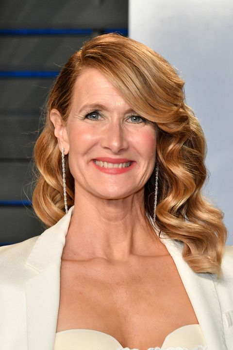 laura-dern-hair-1520485674 12 Stylish shoulder-length hairstyles for women Over 50