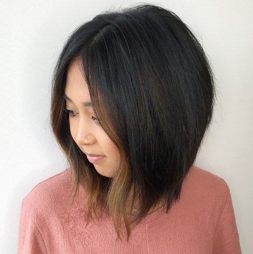 Angled-Lob-with-Face-Framing-Highlights 14 ideas of short haircuts for round faces