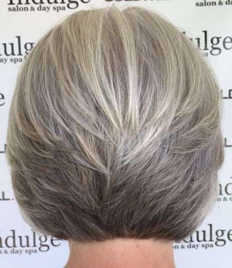 Ashy-Hairstyle-with-Stacked-Layers 14 Stylish Gray Hair Styles for older women