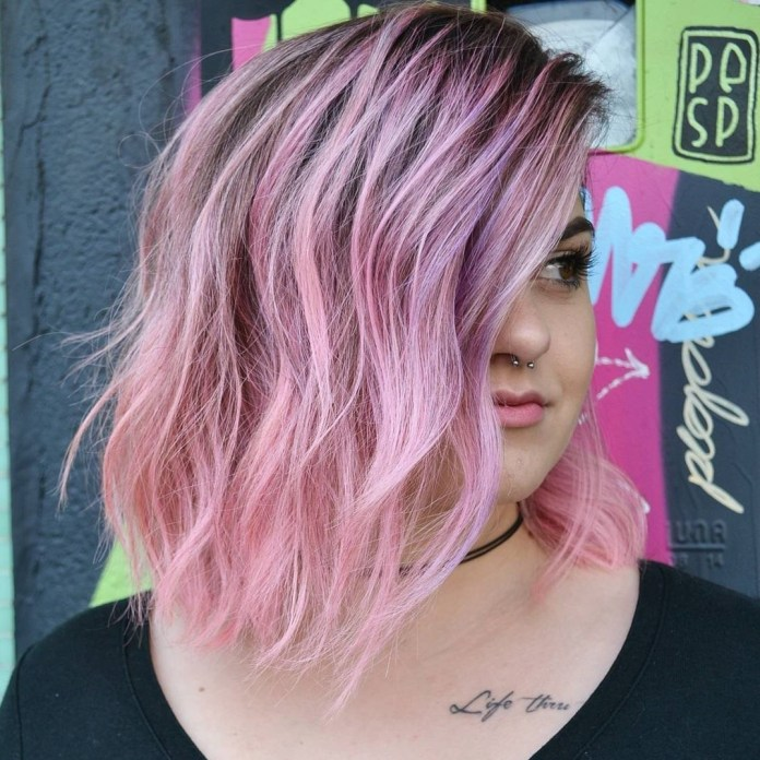 Chic-Pink-Bob 20 Stylish and Chic Bobs for Round Faces