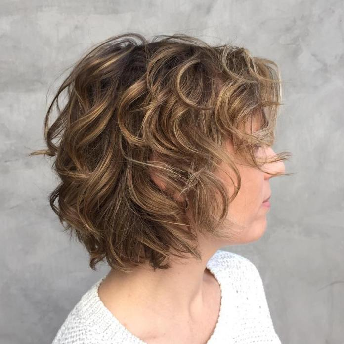 Curly-Bob-Hairstyle Most Amazing Bob Haircuts for Thin Hair