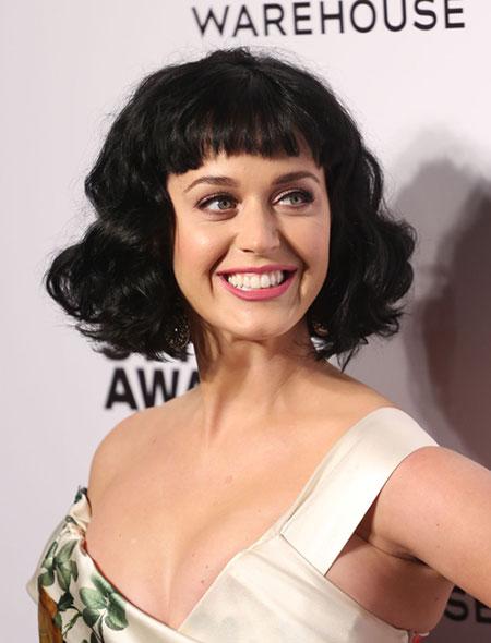 Cute-Short-Wavy-Bob-Hairstyle Cute Short Hairstyles