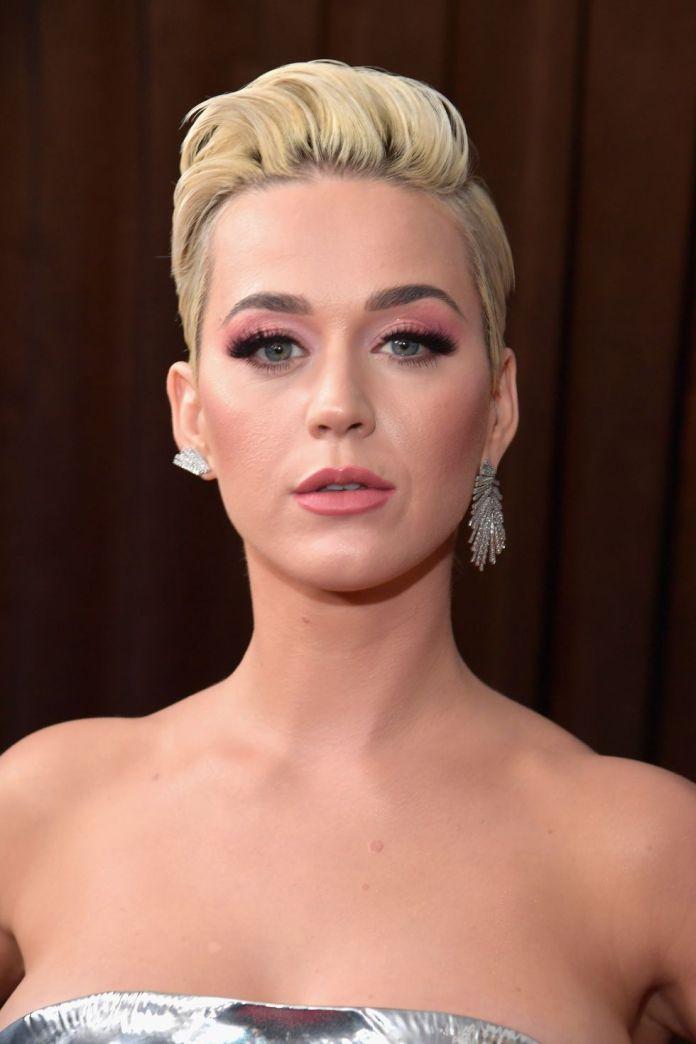 Flipped-Up-Pixie Glamorous Pixie Cut 2020 for Astonishing Look