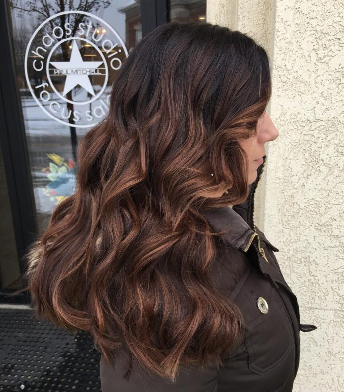 Lived-in-wave 10 Long Wavy Hair Ideas will inspire your next cut