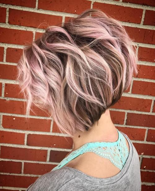 Loose-Beach-Waves 14 stunning Short Haircuts and Hairstyles for Fine Hair