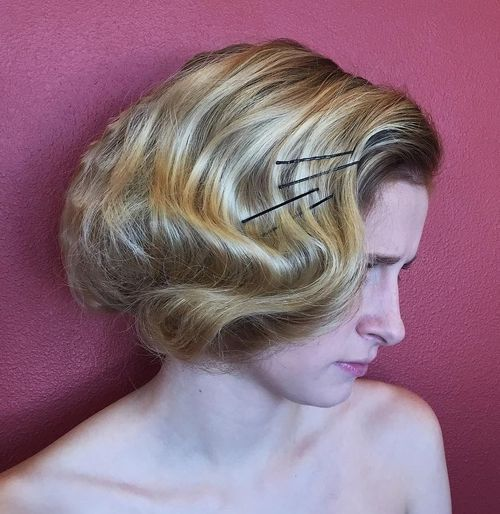 Retro-Pinned-Bob 14 Cute Haircuts for Teenager Girls to Put You on Center Stage