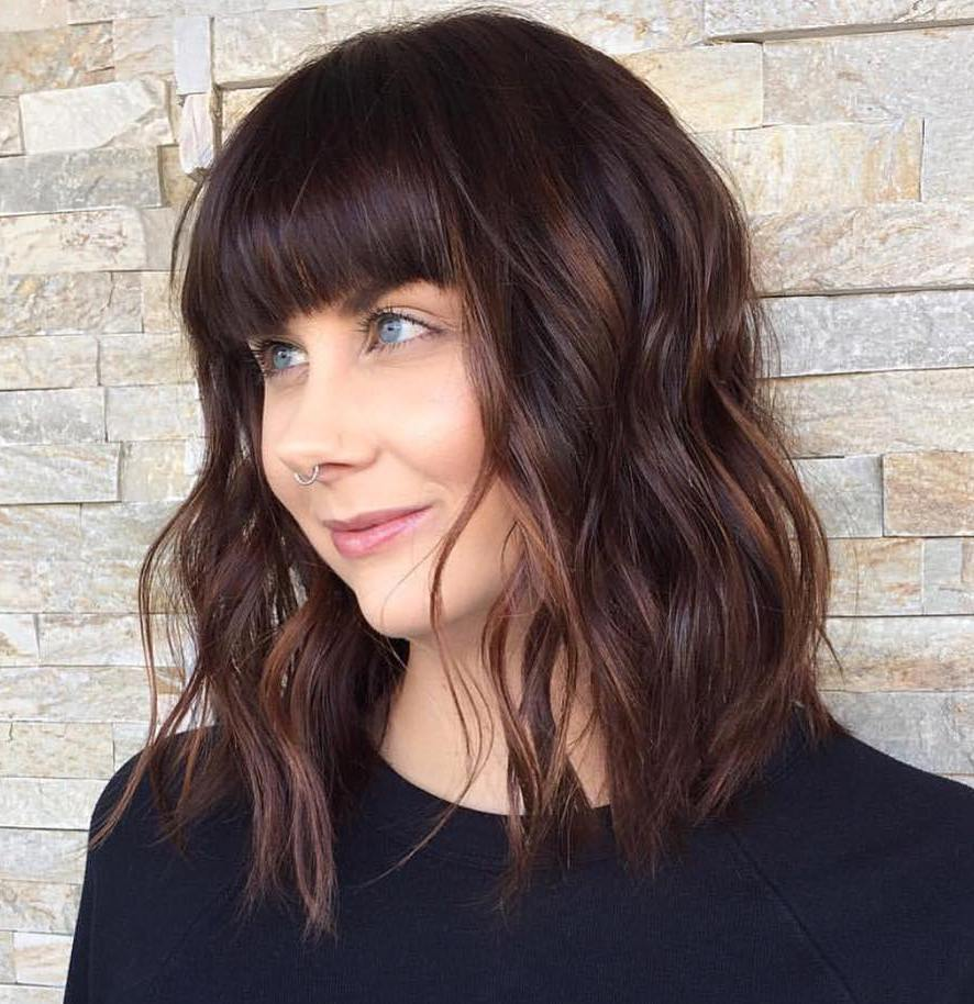 Shiny-Brunette-Lob 20 Stylish and Chic Bobs for Round Faces