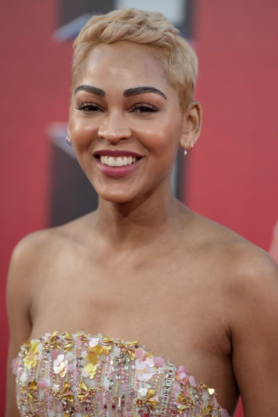 Skin-Overturn Glamorous Pixie Cut 2020 for Astonishing Look