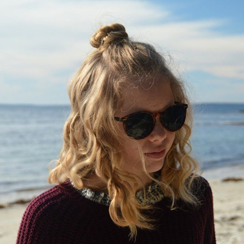 Top-Knot-Trend 14 Cute Haircuts for Teenager Girls to Put You on Center Stage