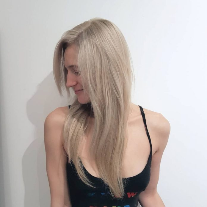 cool-blonde-long-straight 14 gorgeous Hairstyles and Haircuts for Long Straight Hair