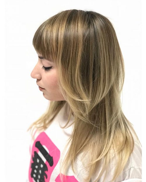pretty-flat-hair-lots-of-layers 14 gorgeous Hairstyles and Haircuts for Long Straight Hair
