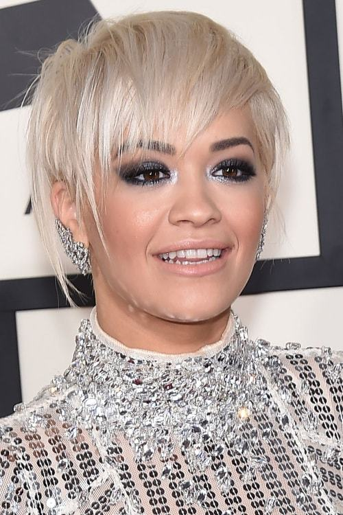 Asymmetric-Platinum-Bob-with-Bangs Flawless Blonde Bob with Bangs Hairstyles to Try 2020
