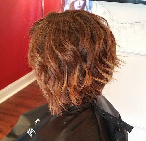 Choppy-Curls-–-Inverted-Bob-Hairstyle-for-Wavy-Hair Hottest inverted Bobs Hairstyles 2020
