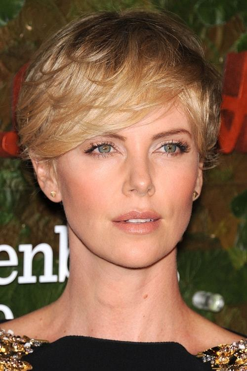 Pixie-Bob-with-Bangs Flawless Blonde Bob with Bangs Hairstyles to Try 2020
