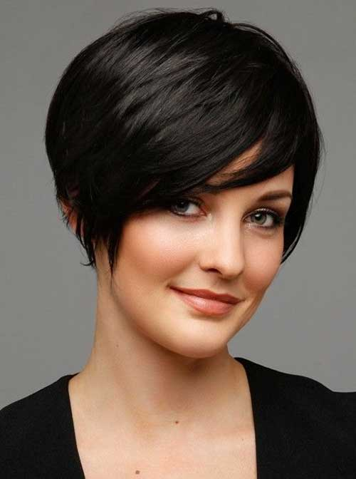 Raven-black Cutest Bob Haircuts for Women to Bump Up The Beauty