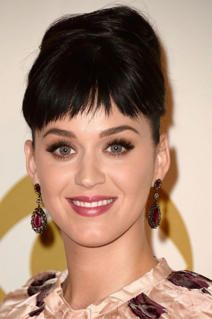 Short-and-Sparse-Bangs 12 Best Hairstyles with Bangs to Inspire Your Next Cut