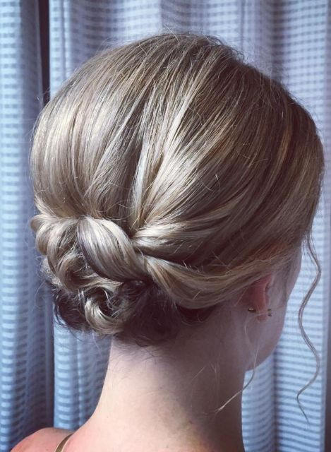 Smooth-Bouffant-Updo-with-Pinned-Ends 15 Super Chic Updo Ideas for Short Hair