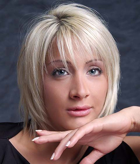 Straight-Blonde-Hair-Bob-Hairstyle Short Hairstyles for Straight Hair