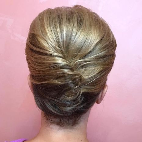 Two-Toned-French-Roll 15 Super Chic Updo Ideas for Short Hair