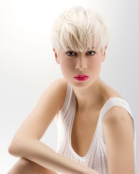 Very-Fine-Blonde-Pixie-Hairstyle Short Hairstyles for Straight Hair