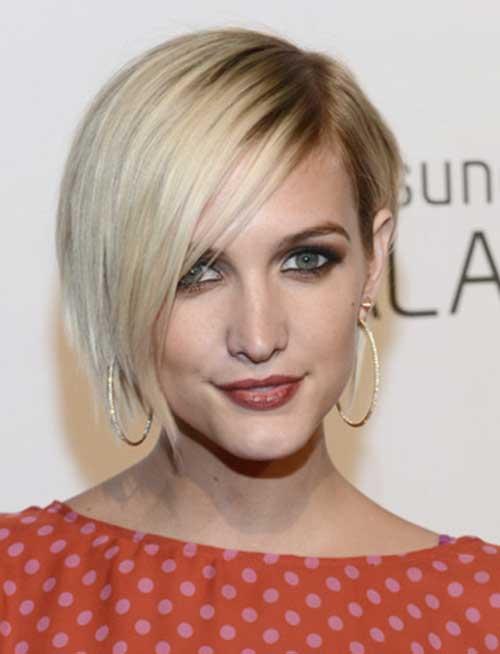 Blonde-Asymmetrical-Bob-Haircut-with-Side-Bangs 20 Asymmetrical Bob with Bangs 2020