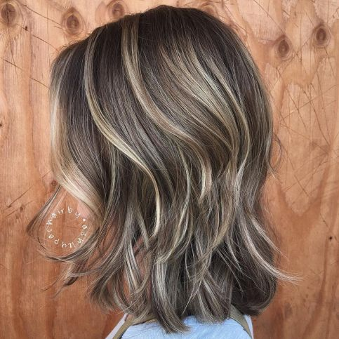 Brown-Lob-with-Highlights 14 Mind-Blowing Haircuts for Thin Hair