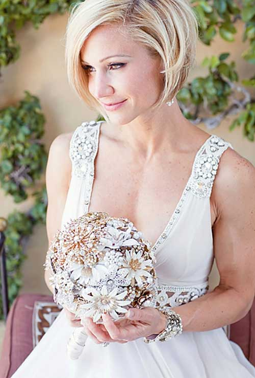 Cutest-Wedding-Hair-Short-Bob 15 Elegant Wedding Hairstyles for Bob Haircut