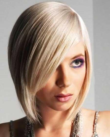 Elegant-Straight-Short-Bob-with-Side-Bangs Gorgeous Layered Cut Bob Hairstyles