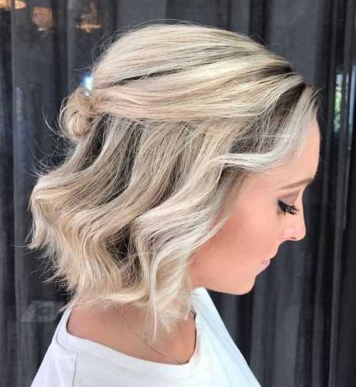 Half-Up-Chin-Length-Hair 12 Flattering Chin-Length Hairstyles You Need to Try