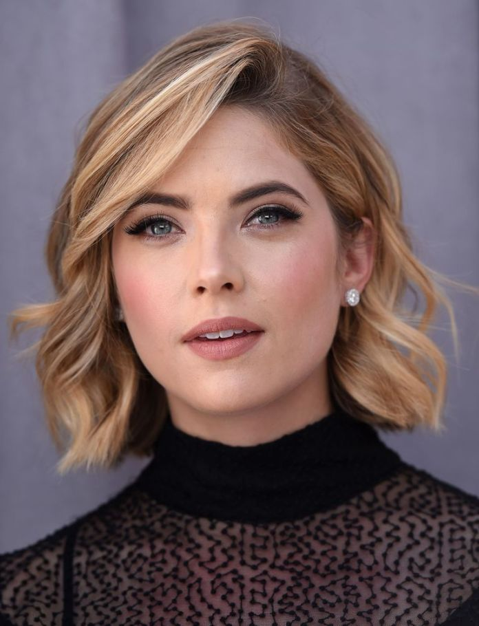Highlights-and-perfectly-teased-curls Bobs and their hottest endless variations in 2020