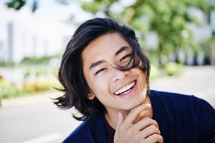 Long-Layered-Hairstyle Dashing Korean Hairstyles for Men