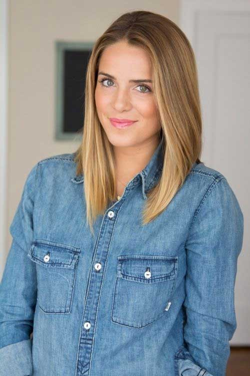 Medium-Golden-Straight-Blonde-Bob-Cut 15 Ultimate Straight Long Bob Hairstyles