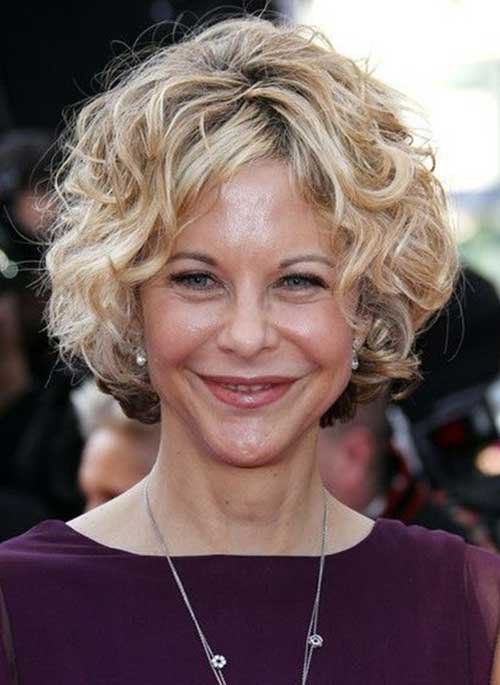 Meg-Ryan-Bob-Hair 20 Awesome Short Haircuts for Older Women