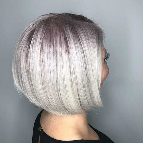 Platinum-Blonde-Bob Super Short Haircuts for Women
