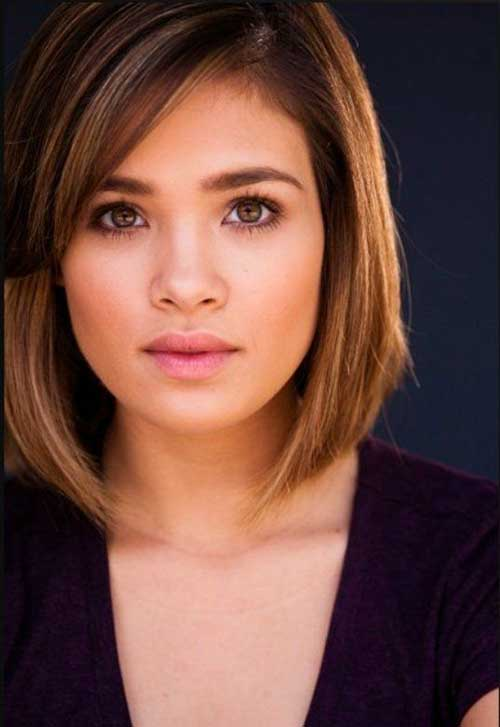 Short-Casual-Simple-Bob Best Short Bobs for Ladies with Round Faces