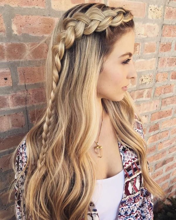 Side-Braided-Loose-Wavy-Hair Long Braided Hairstyles to Look Beautiful as Never Before