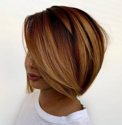 Sleek-Highlighted-Hairstyle 12 Flattering Chin-Length Hairstyles You Need to Try