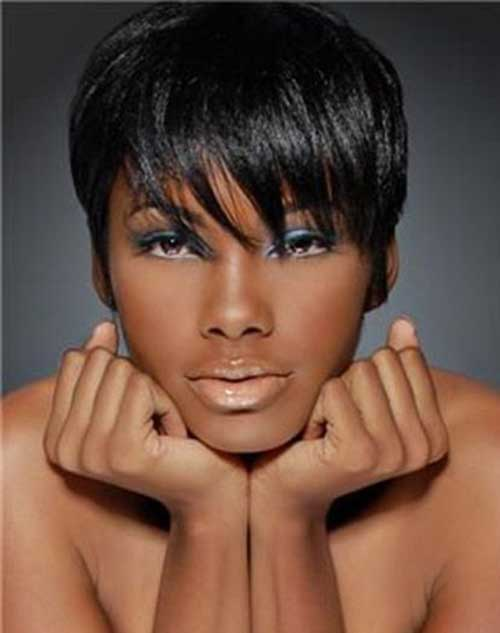 Super-Short-Chic-Haircut-for-Black-Women Naturally Short Hairstyles for Beautiful Black Women