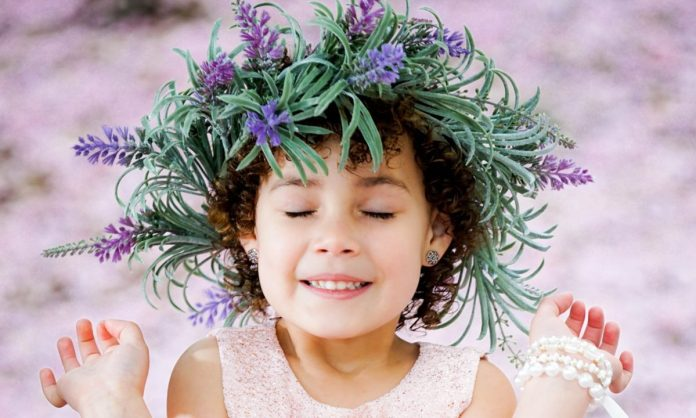 The-Bouquet-Hairstyle Most Cutest Flower Girl Hairstyles